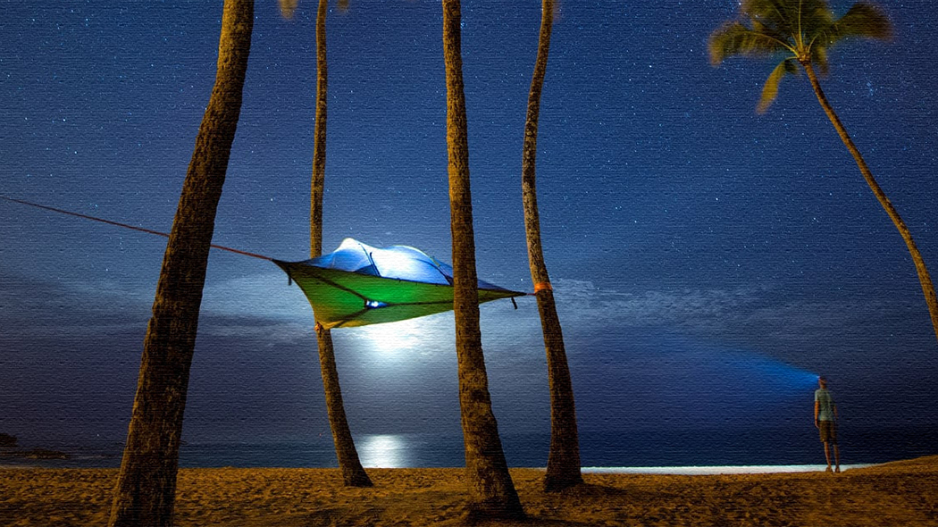宙に浮くユニークなテント!ハンモックとテントの良さが融合!