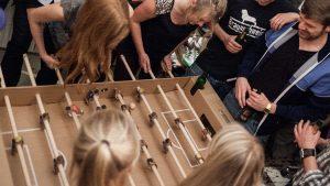 ドイツ発の段ボール製テーブルサッカー!パーティー大活躍!