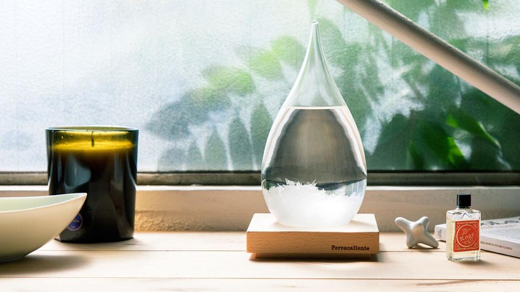 天候によって結晶が形を変えるオブジェ『テンポドロップ』