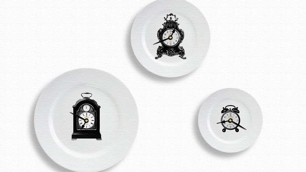 ディナープレートにヴィンテージクロックが描かれた時計!クロックプレートクロック
