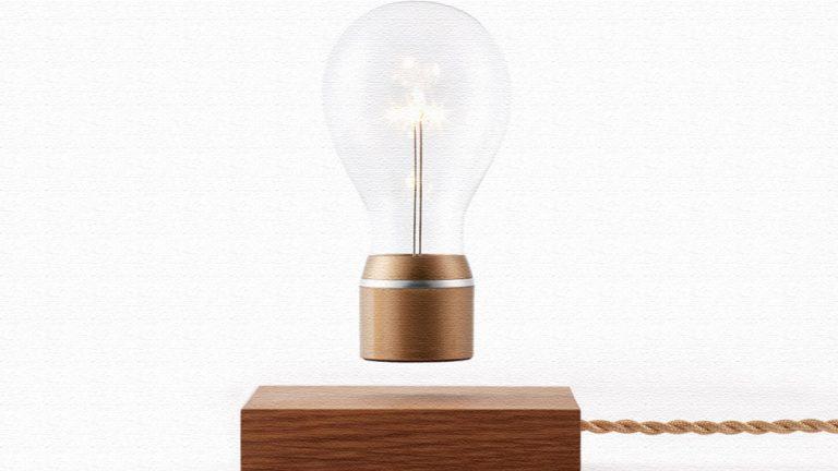 え!?一瞬目を疑う!電球が宙を浮くランプFlyte(フライト)